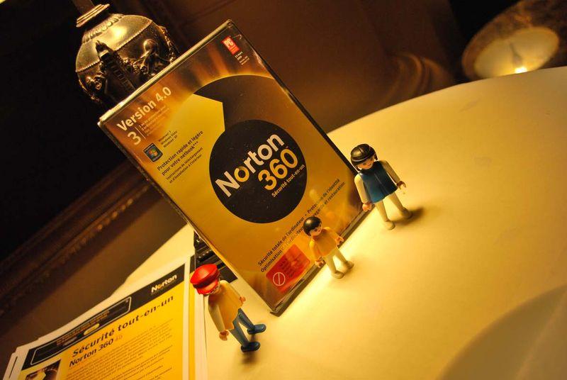 Norton et playmobil
